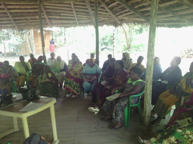 Maasai participants attend a MLP session.